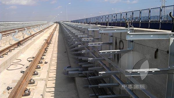 电缆隧道,电缆排管工作井以及电缆半层内的电力电缆